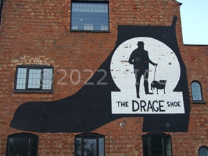 Wall painting on the former Drage shoe factory, Bozeat