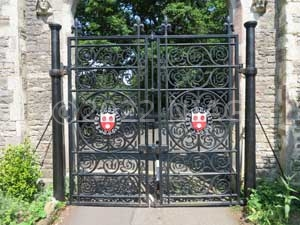 Cast-iron gates at the Old Cemetry, Southampton produced by Barwell & Co in 1845